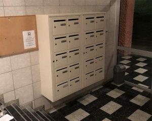 Bloc de boîtes aux lettres